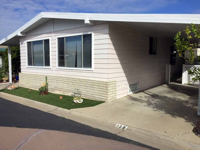 We did cigarette smoke removal on this manufactured home in San Clemente
